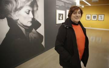 Lola Garrido posa en la sala Artegunea de San Sebastián.