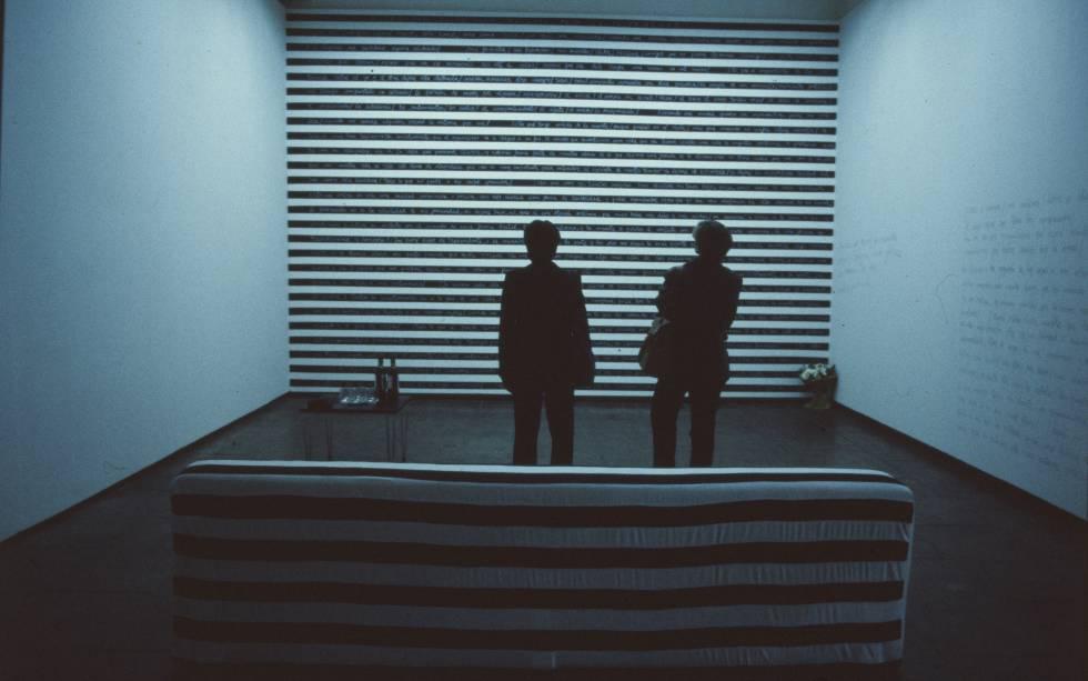 Habitación 'Hijas sin hijas', de Alicia Framis, en la muestra 'Pabellones de género', en la Sala Alcalá 31 (Madrid).