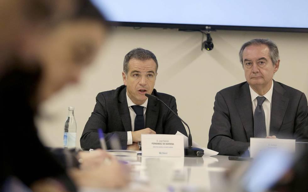 4107ba2dcd Los directivos del grupo de distribución Uvesco, José Ramón Fernández de  Barrena y Eulogio Sánchez. JAVIER HERNÁNDEZ