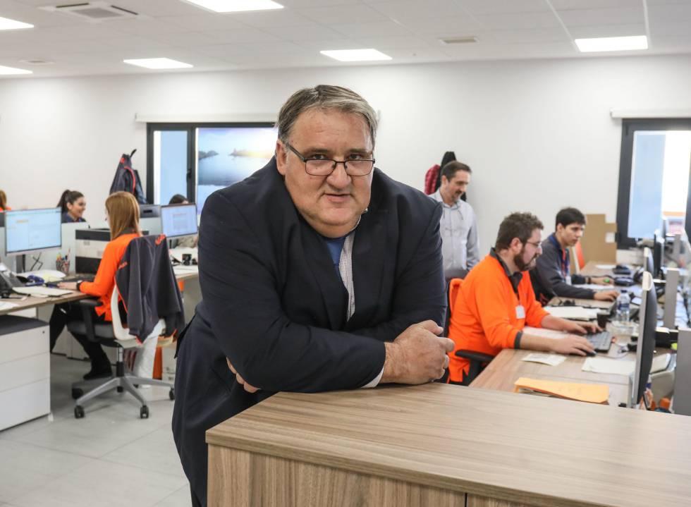 Pablo Román, director de operaciones de Nacex, dice que la empresa no tuvo dudas al decidir instalar en Coslada su nueva nave de distribución.