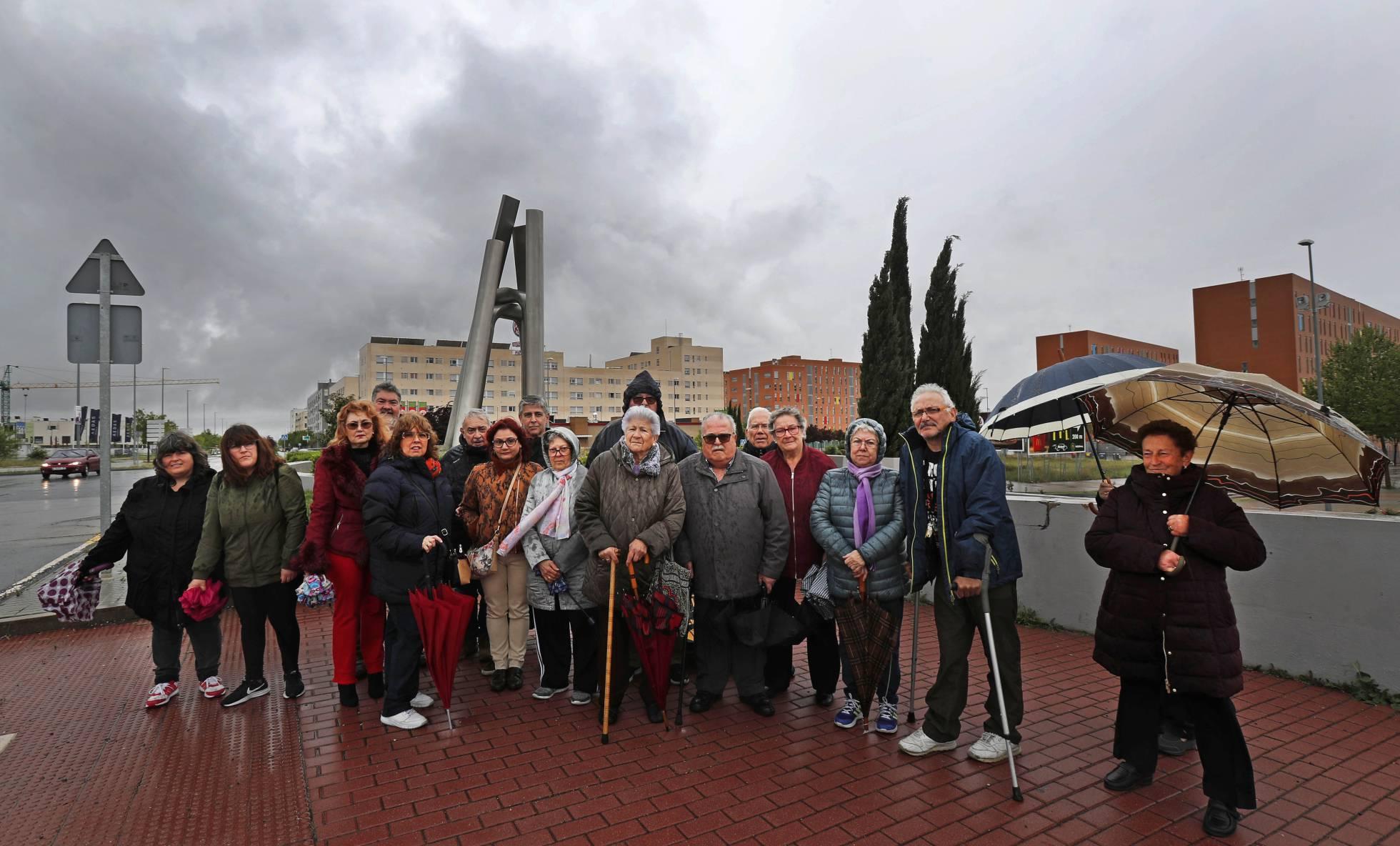 Un juez ordena que 100 mayores de Alcorcón dejen sus pisos o los compren