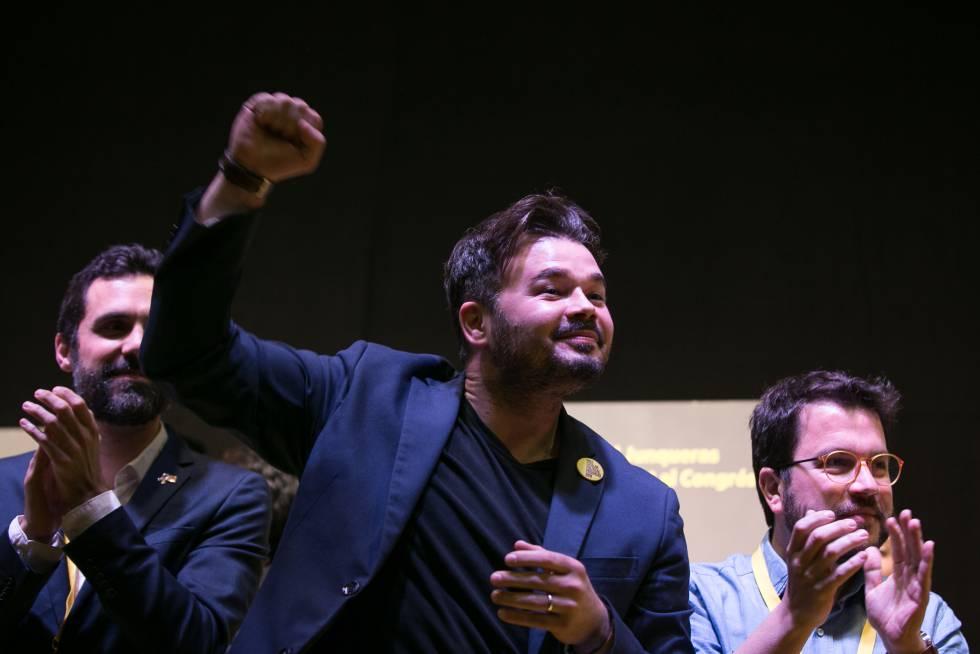 Gabriel Rufián celebra el triunfo de ERC en Barcelona.