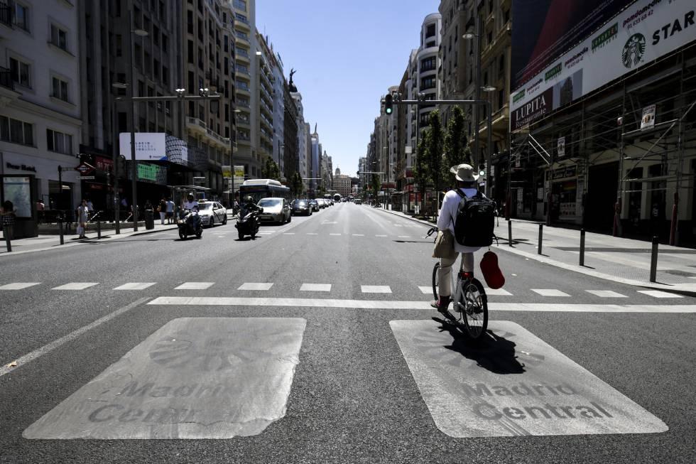 Policías y expertos rechazan que Madrid Central se pueda vincular con inseguridad