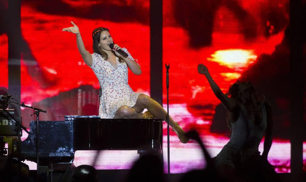 c2edc3b01ede Lana Del Rey aburre a las piedras en el FIB | Comunidad Valenciana ...