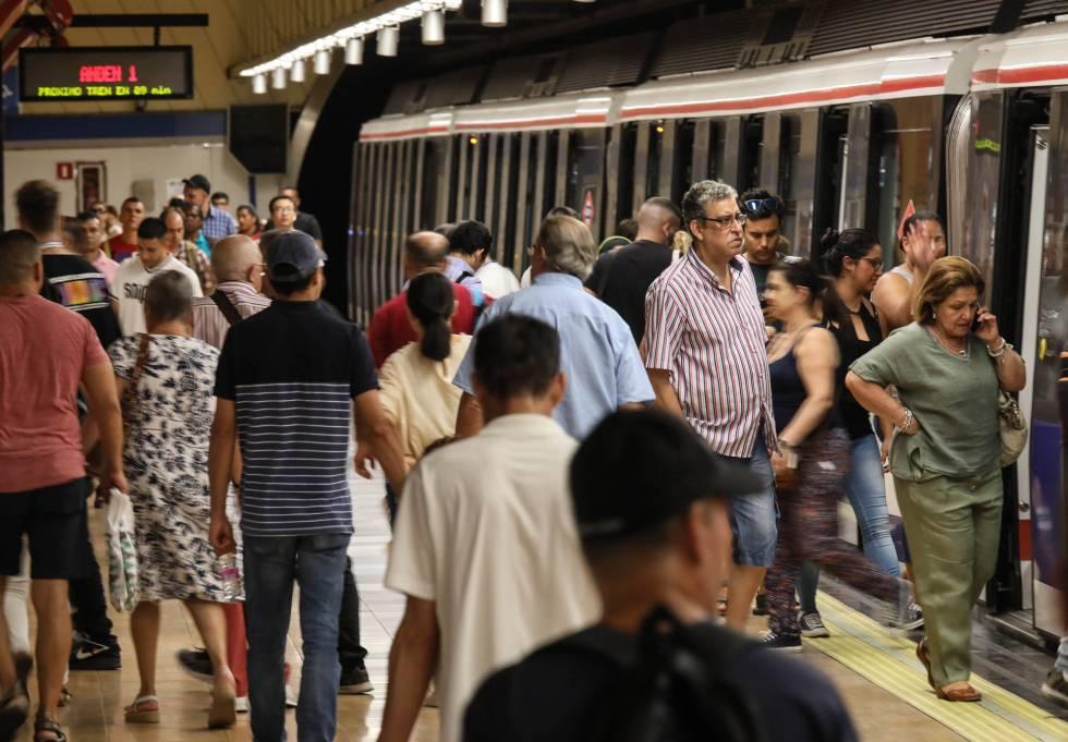 ¿Puede Metro de Madrid abrir las 24 horas del día?