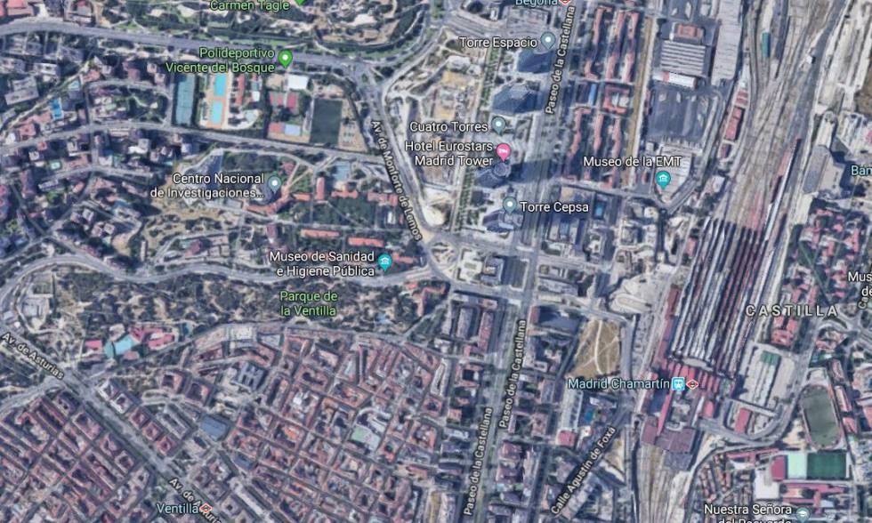 Vista satelital del barrio de La Ventilla, las Cuatro Torres y la Estación de Chamartín, en el norte de la ciudad de Madrid.