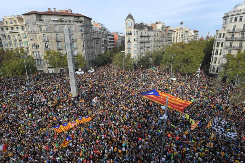 La manifestación del centro de Barcelona en la que han confluido las cinco marchas indepenentistas