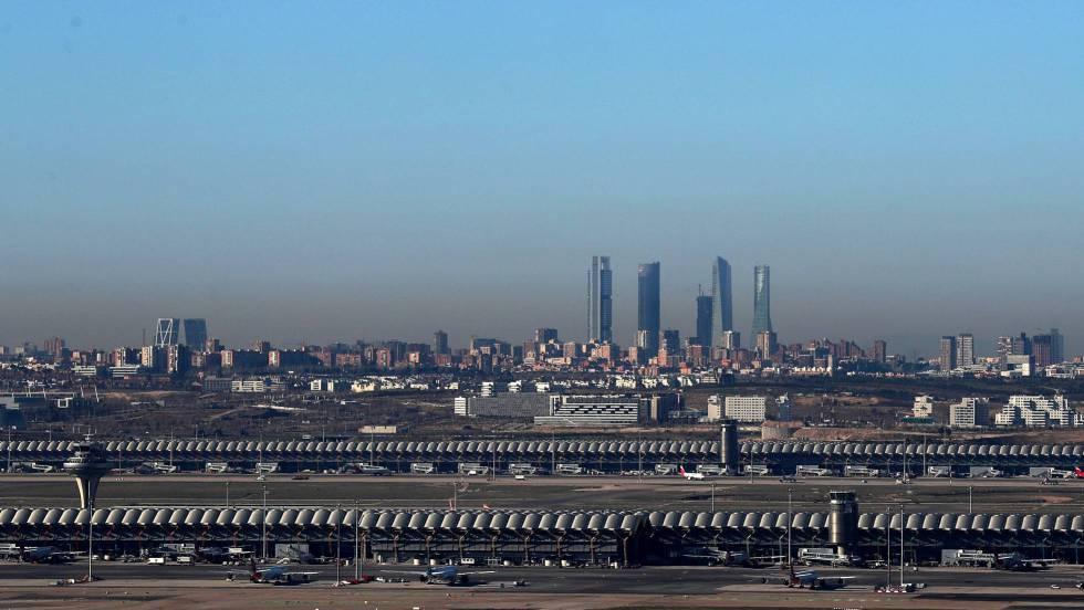 Boina de contaminación en Madrid vista desde Paracuellos del Jarama el pasado 30 de diciembre.