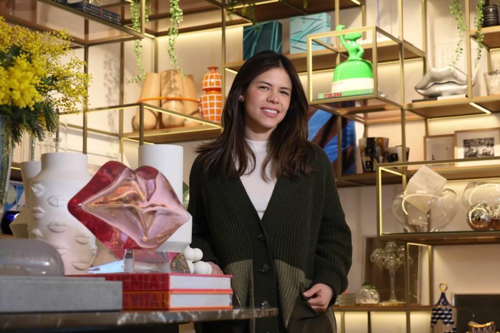 Kika Payares, una de las socias de la tienda de decoración InCasa, en el barrio de Salamanca de Madrid.