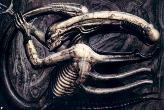 La primera versión del famoso alien de Giger tenía gafas, que el director Ridley Scott decidió eliminar para le película.