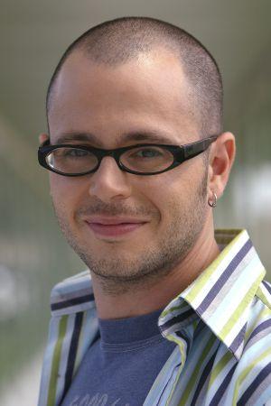 Damon Lindelof.