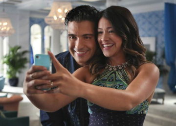 Siete razones para engancharte a 'Jane the Virgin'