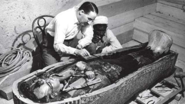 ¿Hay gato encerrado en la tumba de Tutankamón?