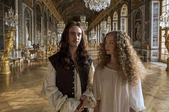 Versailles single guys