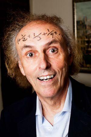 El matemático John Allen Paulos, durante la entrevista en su casa en Filadelfia.