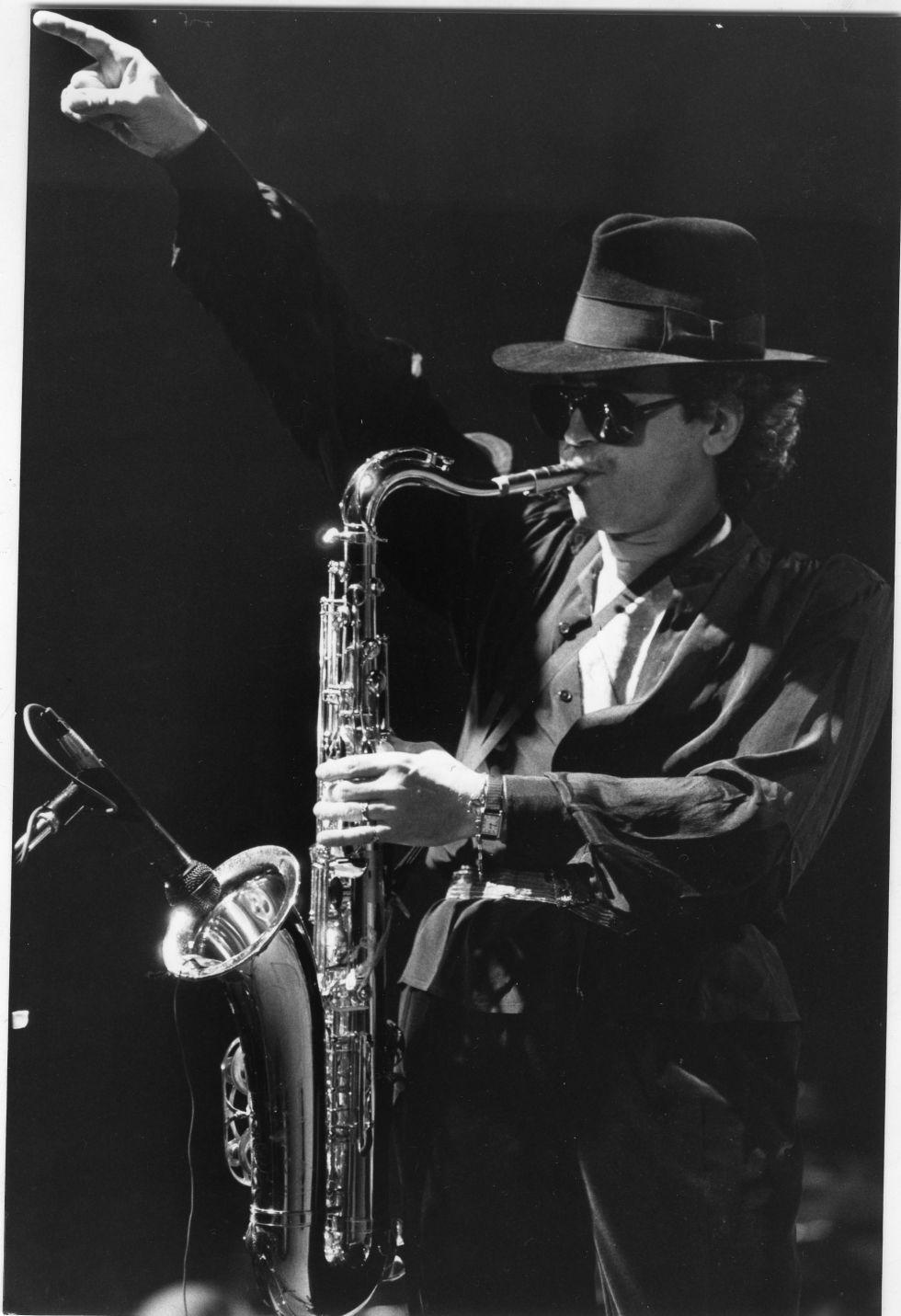 Gato Barbieri, durante su actuación en el V Festival de Jazz de Madrid en 1984.