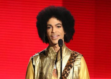 Morre o cantor Prince, ícone do pop