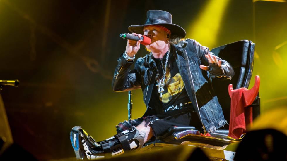 Axl Rose no show com o AC/DC em Lisboa, no sábado.