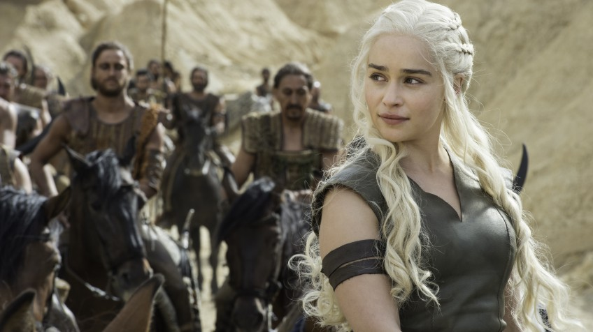 Emilia Clarke é Daenerys Targaryen em 'Game of Thrones'.