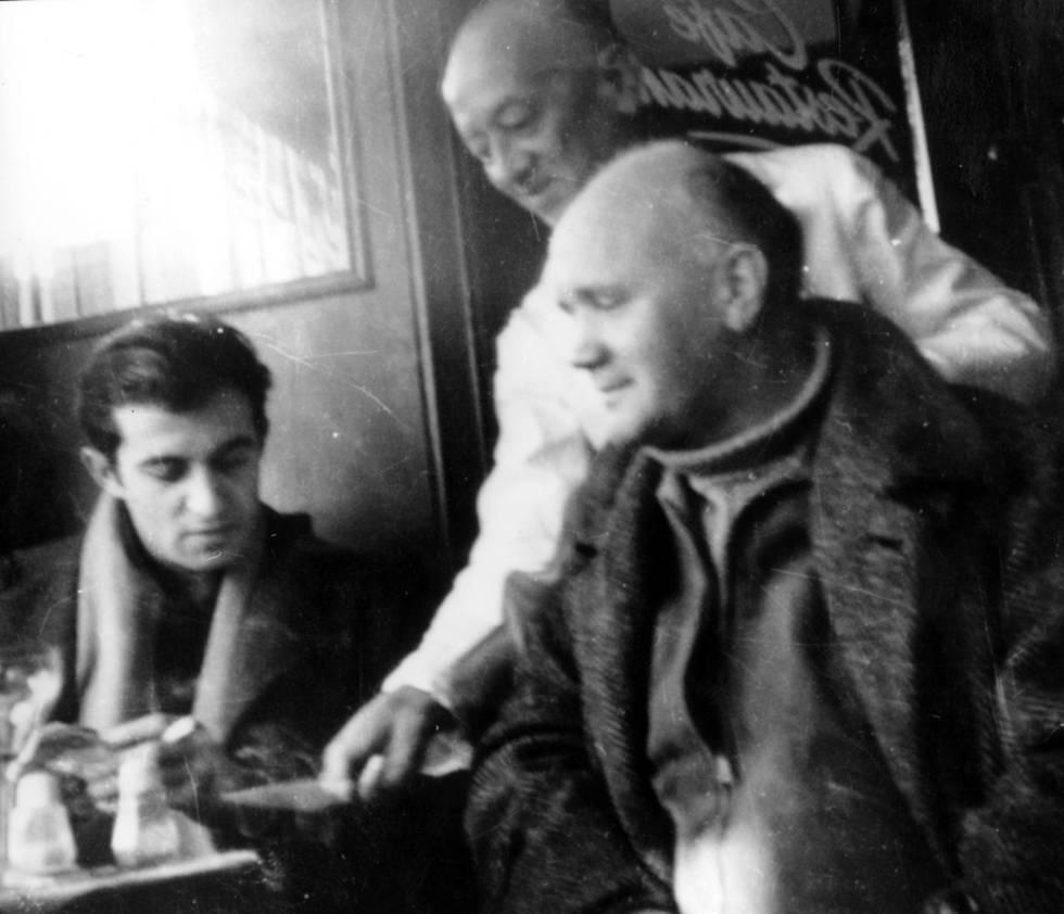 Juan Goytisolo y Jean Genet, en 1958, fotografiados por Monique Lange.