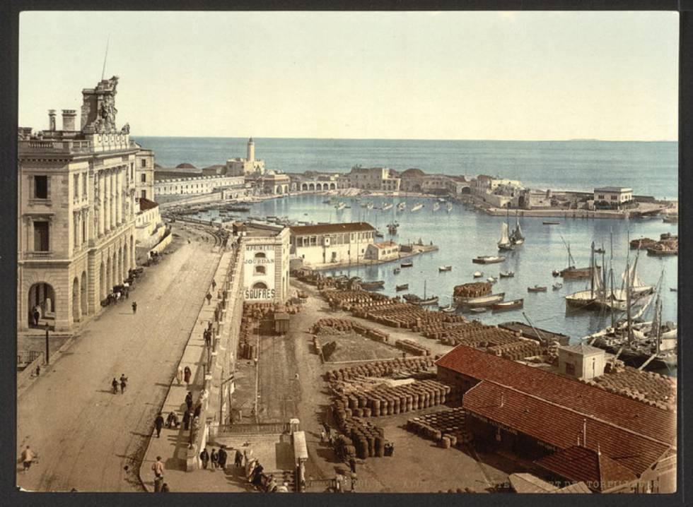 Una imagen de Argel en 1899 que aparece en el libro 'Del viaje como arte...'