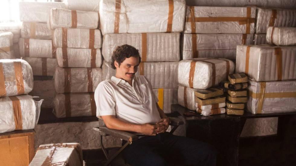 Wagner Moura, interpretando Pablo Escobar na segunda temporada de 'Narcos'.