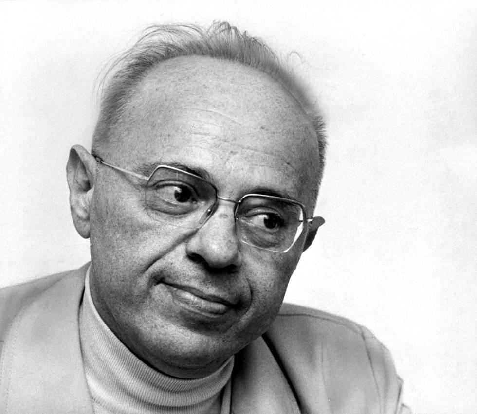El escritor polaco Stanislaw Lem en 1977.