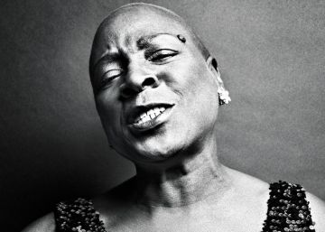 Morre Sharon Jones, uma fera do soul contemporâneo