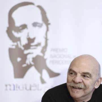 El periodista hispano-argentino Martín Caparrós durante la rueda de prensa del XXI Premio Nacional de Periodismo Miguel Delibes.