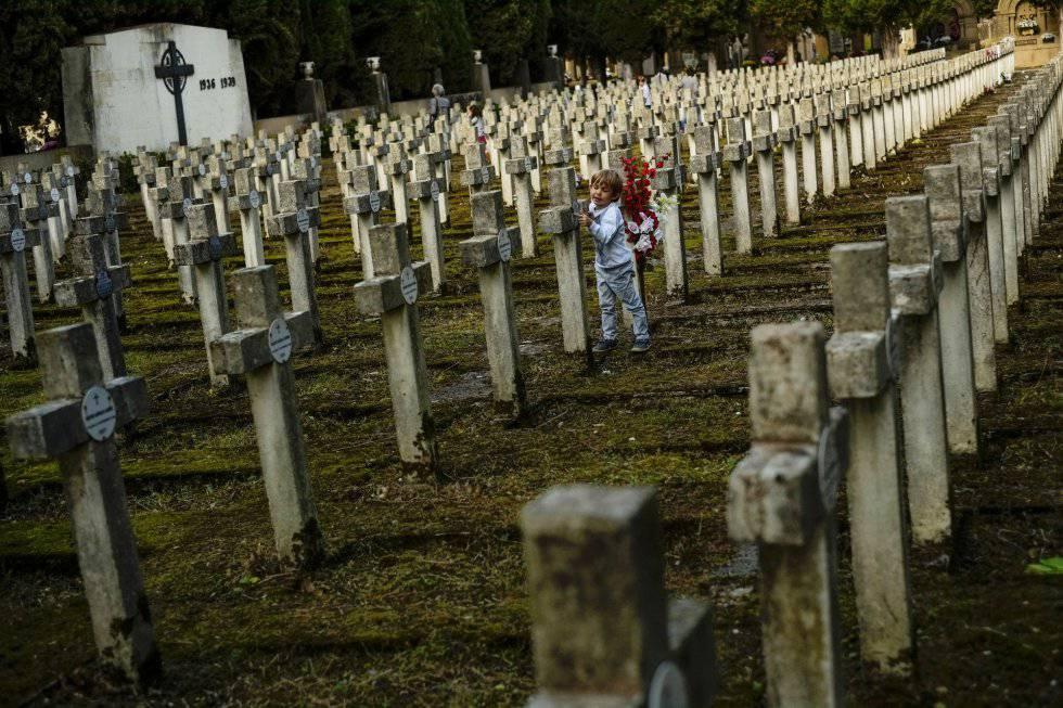 La Muerte En Aforismos Babelia El País