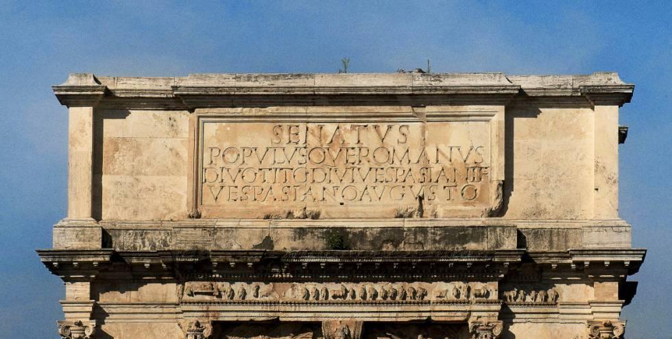 El arco de Tito, en el foro de Roma, construido para celebrar las victorias del emperador en Judea.