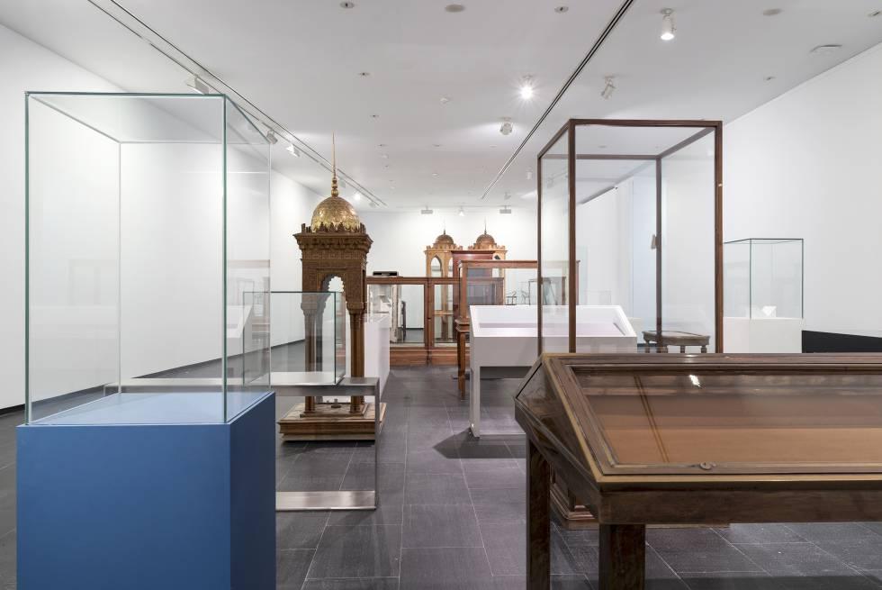 Un museo con las vitrinas vac as cultura el pa s - Vitrinas de exposicion ...