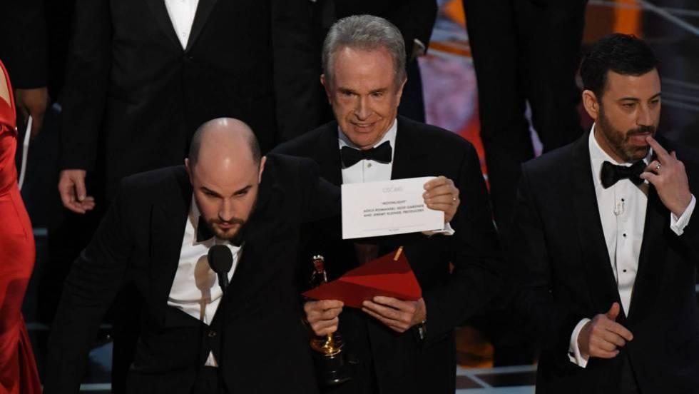 'Moonlight', mejor película tras anunciarse por error el Oscar para 'La La Land'