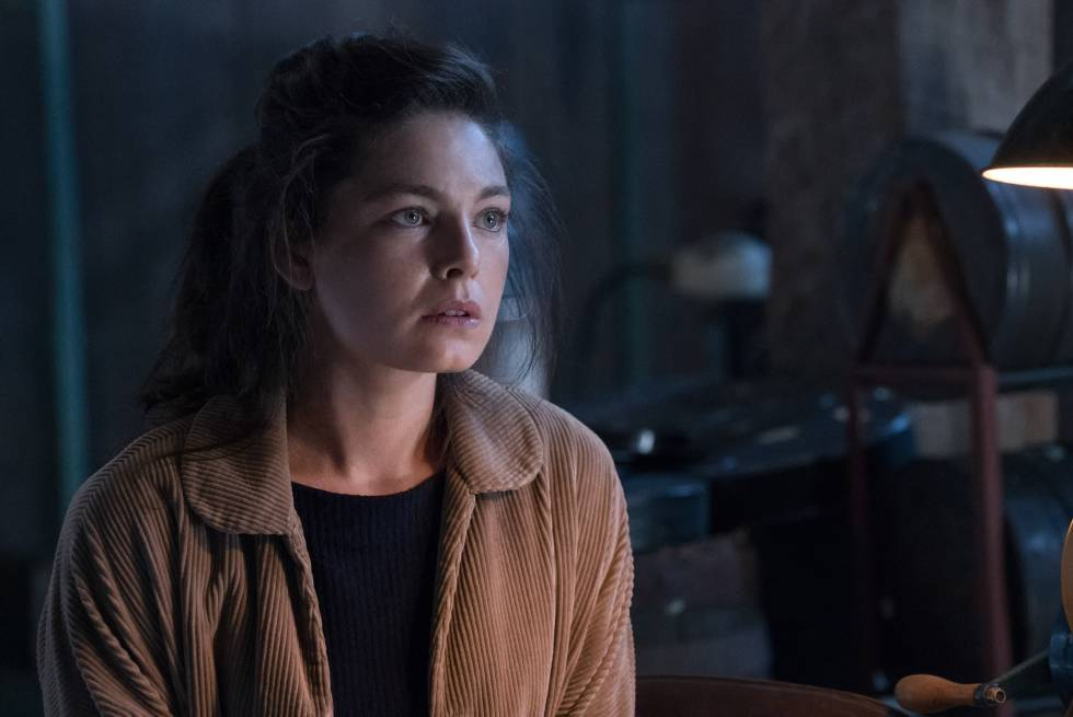 Alexa Davalos en la segunda temporada de 'The Man in the High Castle'.