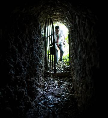 Túnel que comunica el recinto amurallado de la Alhambra con el bosque de San Pedro.