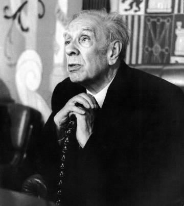 Jorge Luis Borges, en la Universidad de Barcelona en 1980.
