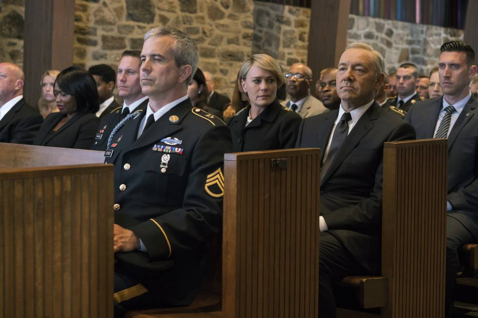 Uma morte digna para 'House of Cards', por favor