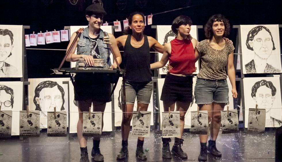 De izquierda a derecha, Carla Chillida,Yarima Osuna, Paula Romero y Margarida Mateos, en la función 'Las solidarias'.