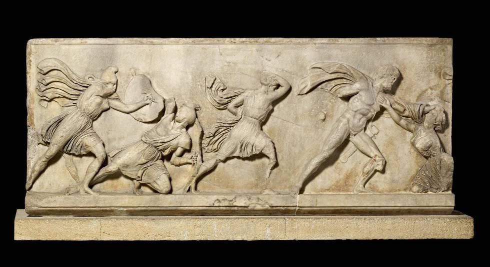 'Friso de Amazonas', de 1,80 metros de largo por 0,90 de alto, del mausoleo de Halicarnassus.