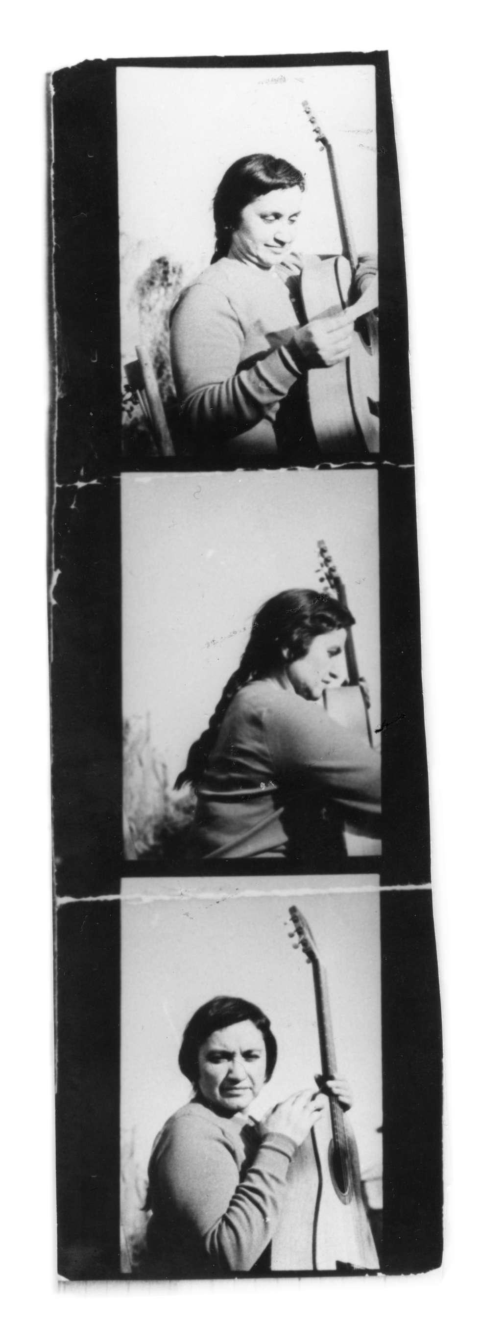 Serie de retratos de Violeta Parra.