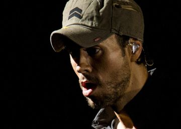What Enrique Iglesias charged Santander for social media mentions
