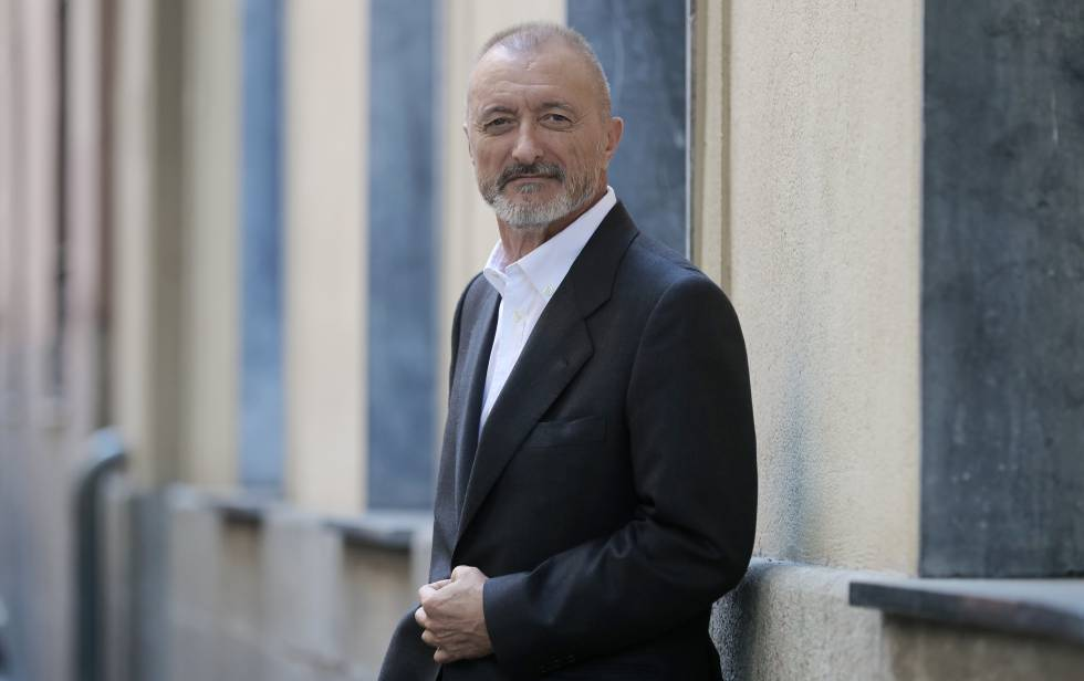 Arturo Pérez-Reverte, retratado en Madrid.