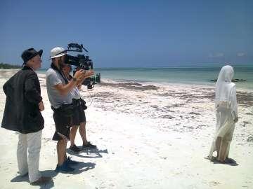 De izquierda a derecha, Stephan Winter, el director de fotografía Gernot Aschoff y Noriko Kura.