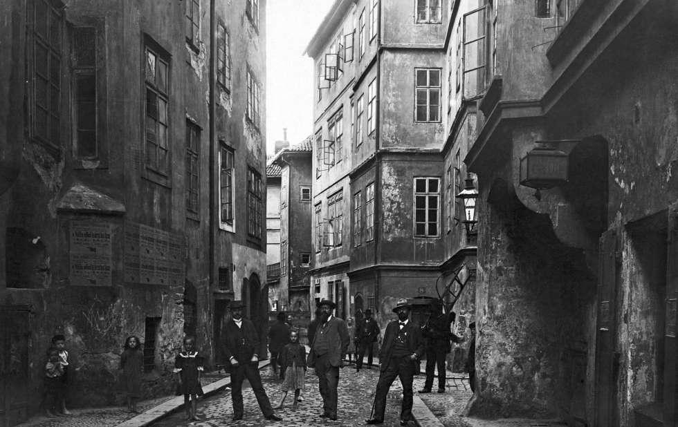 Una calle del gueto judío en Praga.