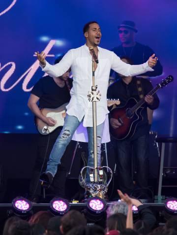 Romeo Santos actúa en el programa 'Jimmy Kimmel Live', el pasado 13 de abril.