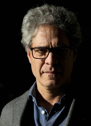 Rodrigo Rey Rosa durante la entrevista.