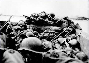 De la playa sangrienta al cubil nazi