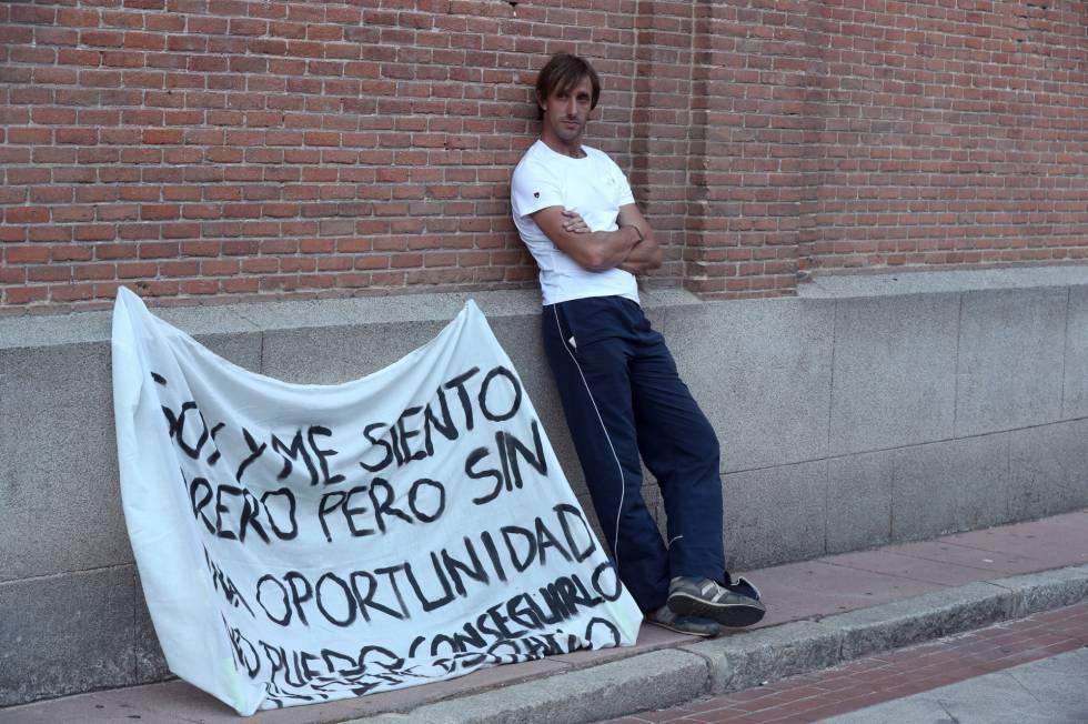 Javier Vázquez, a las puertas de la plaza de Las Ventas.