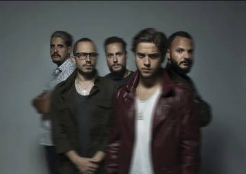 La banda Viniloversus.
