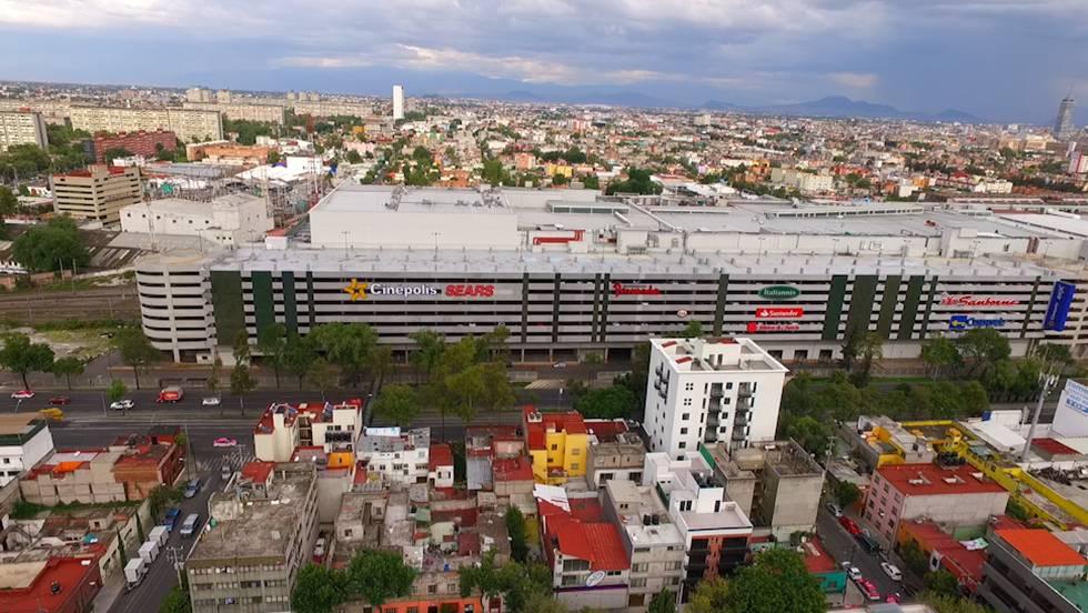 Arquitectura en CDMX: Estacionamiento de 'Forum Buenavista'.